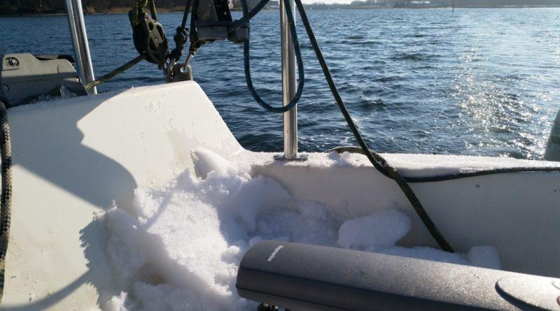 Påskesejlads med is og sne